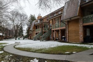 Updated Modern 2 Bdrm Condo! Nestled near River with View!