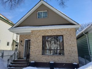 4 Bdrm 2 Bath Upgraded Family Home with 2nd Kitchen & Rec Rm near many amenities in West End!