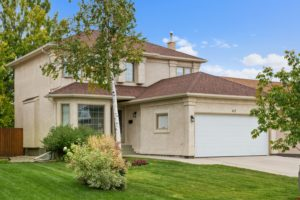 River Park South Beauty! Marvelous, Spacious & Well-Kept 3 Bd 3.5 Bath Family Home w/Upgrades! Awesome Location – Must See!
