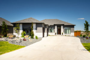 Exceptional Custom Bungalow – Outstanding Landscaping Footprint  – Countryside Crossing