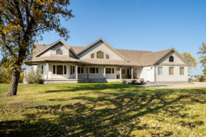 Spectacular East Selkirk Country Estate-Custom Built-6.3 Acres-Majestic River Views-Masterfully Constructed on a Tranquil Road-Great Value!